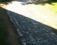 Der fertige Gartenweg