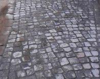 Gartenweg aus Kleinsteinpflaster in Berliner Passe
